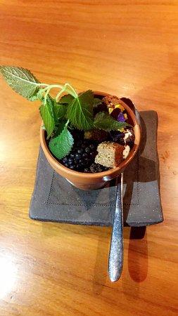 Mezza9 : Flower Pot: Dessert