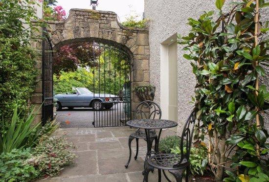 Clonmel, أيرلندا: Courtyard area