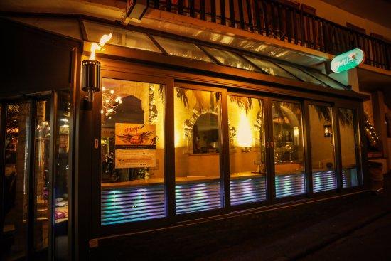 Leukerbad, Schweiz: Das neu konzipierte Steakhouse bietet Ihnen Fleisch vom Feinsten. Probieren Sie unsere Mexican R