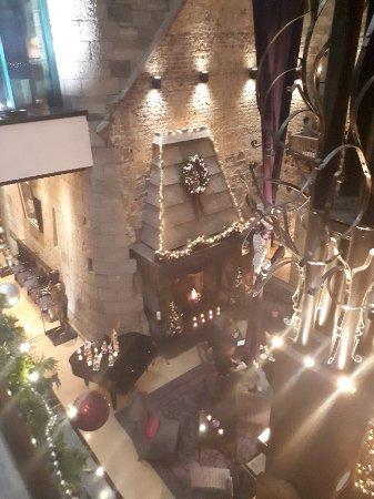 Clontarf Castle Hotel: 20171122_201349_large.jpg