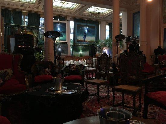 Le grand salon photo de retsin 39 s lucifernum bruges for Salon le 58