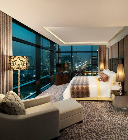 The st regis bangkok updated 2018 prices hotel for Interno 7 luxury rooms tripadvisor