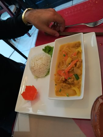 Restaurant l'Orchidee: poulet au curry