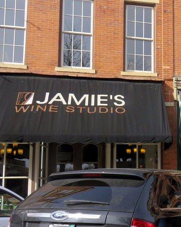 Galena, IL: front of Jamie's Wine Studio