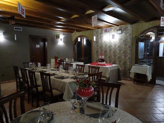 Civitella Licinio, Italia: sala..