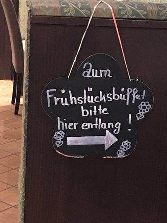 Orscholz, Germany: Wegweiser zum Speisesaal