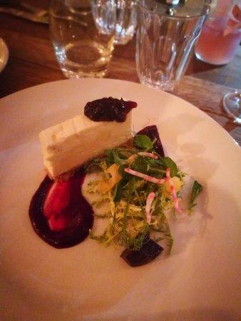Minster, UK: Goat's cheese cheesecake