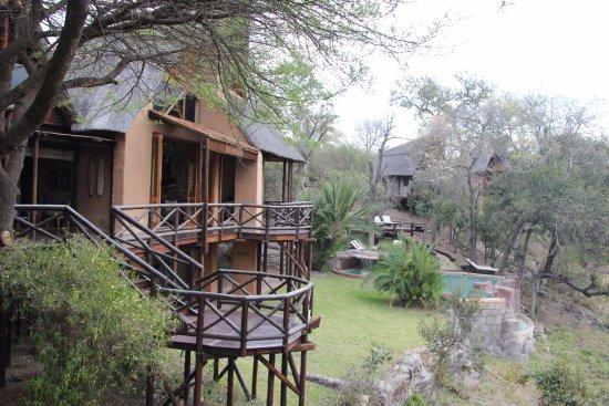 Lukimbi Safari Lodge 사진