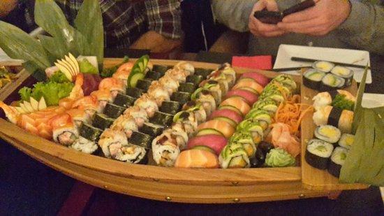 New Sushi boot - Foto van Samourai, Leuven - TripAdvisor &MY84