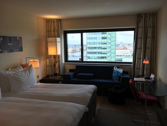 Mövenpick Hotel Amsterdam City Centre : photo0.jpg