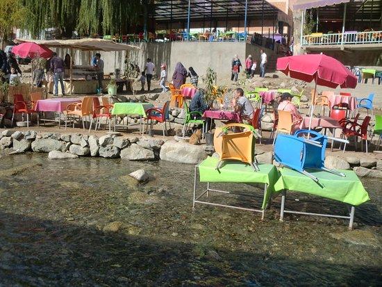 Marrakech-Tensift-El Haouz Region, โมร็อกโก: les tables dans l'eau