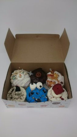 Saint Thomas, Canadá: Milk & Cereal, Death by Chocolate, Maple Bacon, Cookies & Cream, Cookie Monster, Red Velvet
