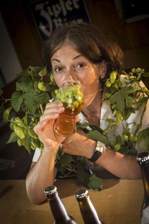 Eisenerz, Österreich: Auch die Wirtin liebt Hopfen über alle Maßen