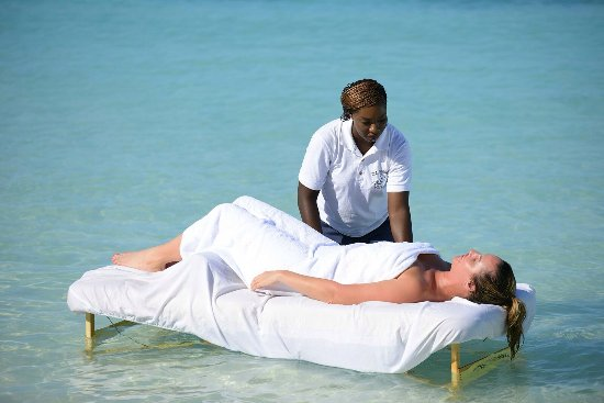 "George Town, Gran Exuma: The newest service to our menu ""Aqua Massage"" Only offered at Healing Hands Massage Day Spa"