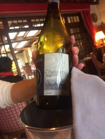 Cour-Cheverny, Fransa: Excellent vin blanc de Daridan
