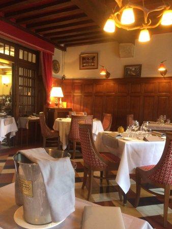 Cour-Cheverny, Fransa: Salle du Restaurant
