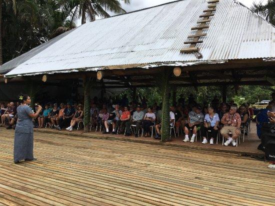 Suva, Fiyi: Seating at Orchid Island