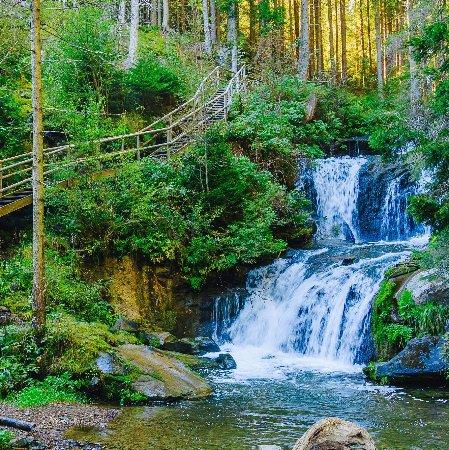 Styria, Österrike: Ein atemberaubendes Spektakel ist die Graggerschlucht mit seinen Kaskadenwasserfällen