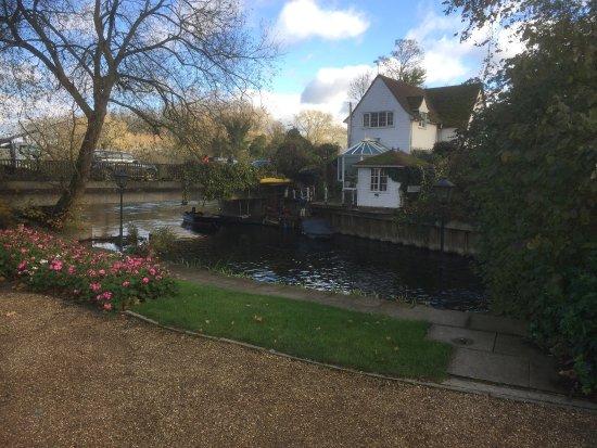 Sonning on Thames, UK: photo3.jpg