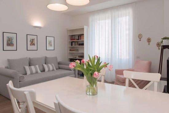 Soggiorno Suite Rossa - Picture of Suite Home Milano Brera, Milan ...