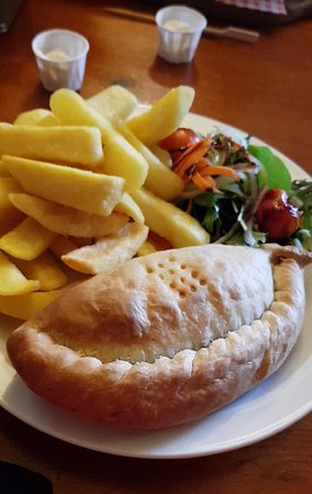 St Keverne, UK: Cornish Pasty and Chips