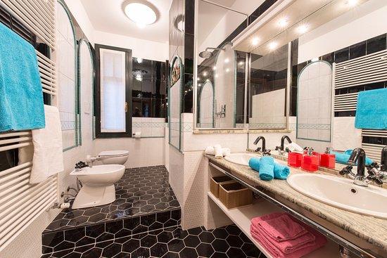 Bagno suite dream picture of suite home milano fiera milan