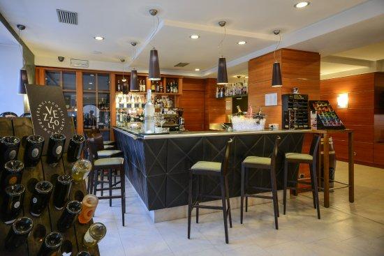 Best Western Hotel Master: American bar