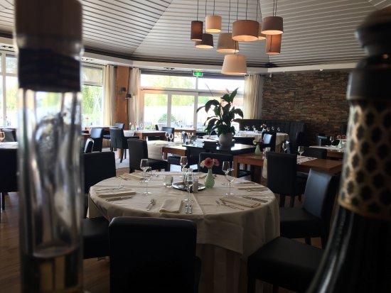 Zoetermeer, Nederland: Overzicht restaurant (bar-view)