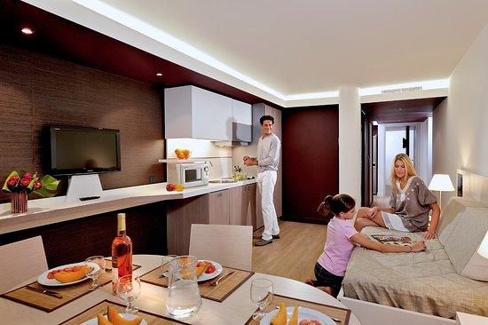 Resideal Premium Cannes: Exemple de séjour d'un 2Pièces