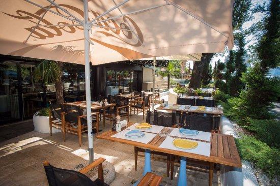 Divan exterior picture of divan bucharest tripadvisor for Divan restaurant bucuresti