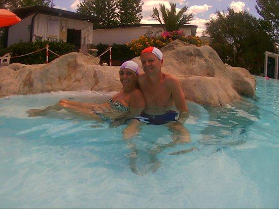 Vibonati, Italy: io e mio marito cuffiette obbligatorie