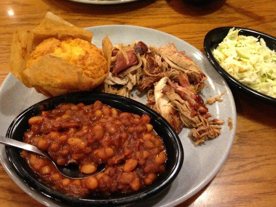 Somerset, KY: Pulled chicken, beans cornbread, cole slaw
