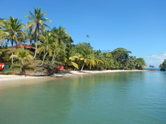 Popa Paradise Beach Resort: View from dock over Popa beach