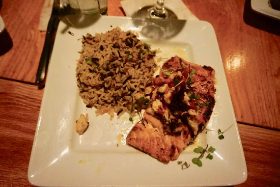 Little River, SC: Grilled Salmon