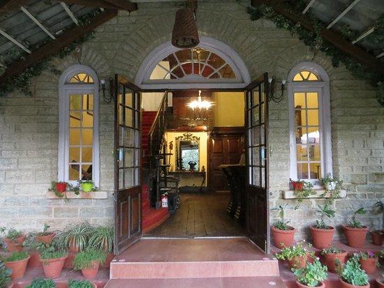 Chevron Rosemount, Ranikhet: Main Entrance to the Hotel