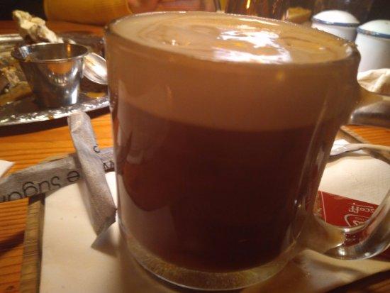 Шхери, Ирландия: café irlandés buenísimo