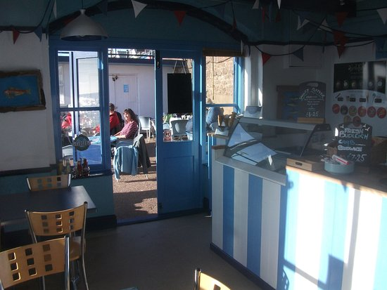 Budleigh Salterton, UK: There is inside seating