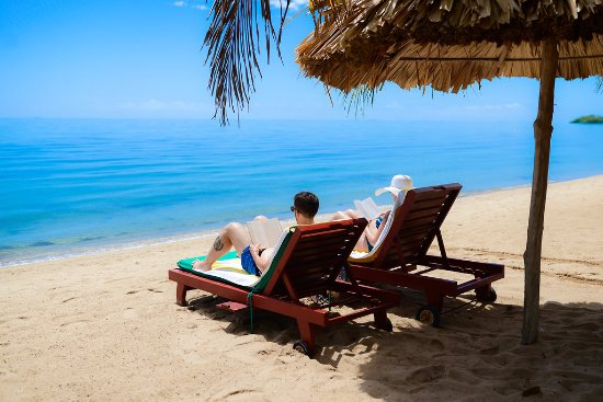 Belizean Dreams Resort: Our beautiful beach makes for the perfect couples vacation