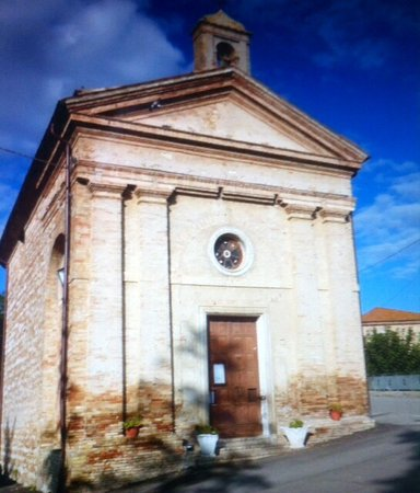 Elice, Italy: Vista frontale .