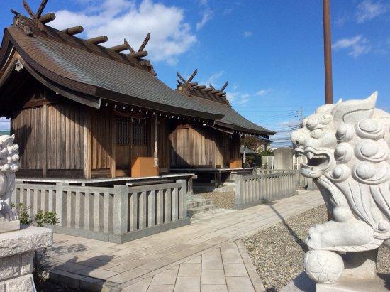 Chiba, Japan: 狛犬と社殿