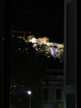 The Zillers Boutique Hotel: Acropolis by night - view from my balcony