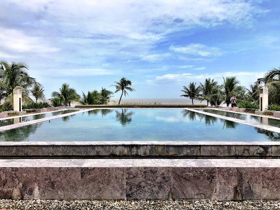 Ana Mandara Hue Beach Resort: View from the lobby