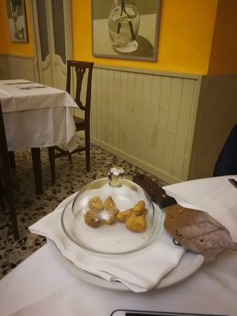 Chieri, Italy: IMG_20171123_224122_large.jpg