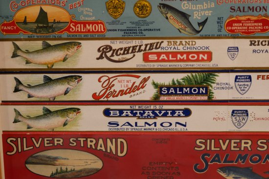 Columbia River Maritime Museum: Canning exhibits are cool.