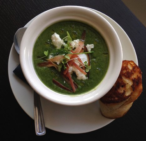 Belleville, Kanada: Spinach and goats cheese soup
