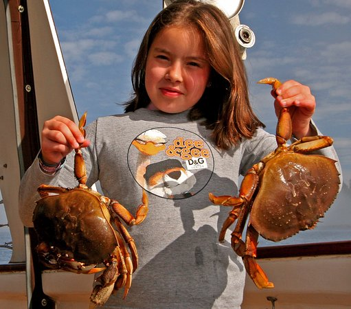 Petersburg, AK: Fresh crab for dinner on Northern Song!