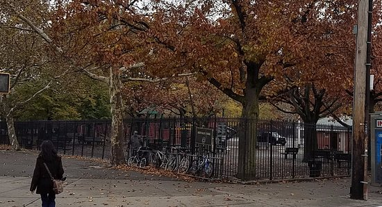 Things To Do in Astoria Park, Restaurants in Astoria Park