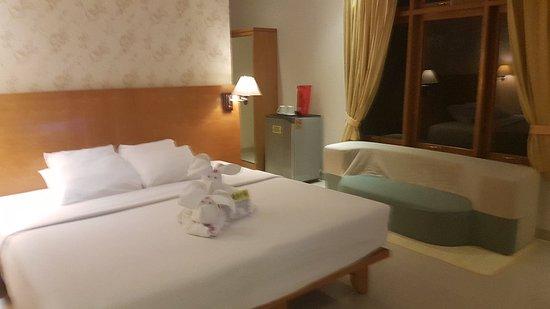 Febri's Hotel & Spa: 20171120_010719_large.jpg