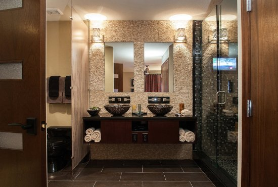 Holiday Inn Club Vacations at Desert Club Resort : Signature Collection Bathroom