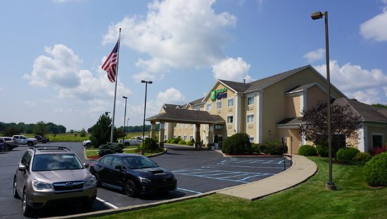 New Milford, PA: Hotel Exterior